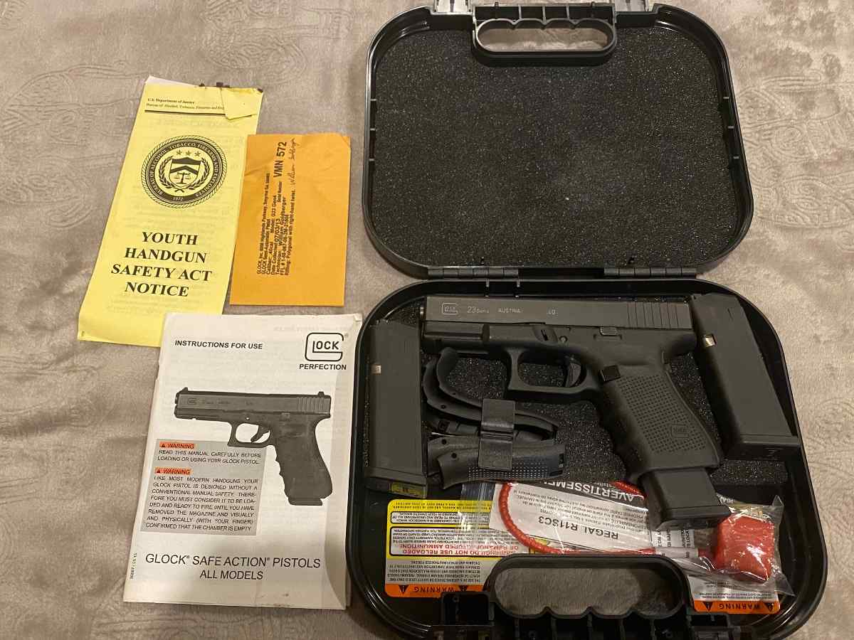 "S&W M&P M2.0 COMPACT 9MM 4"" BBL 15 RD w/ TLR7"